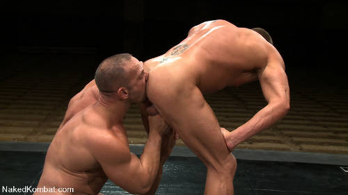 Muscle gay bears fight naked for sexual gay domination in the end